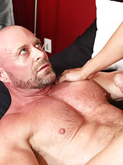 Pic ass play gay sex and gay truckers fuck male hitchhikers raw at Bang Me Sugar Daddy