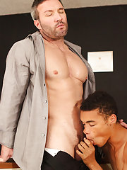 Mud twink and twinks frothing at Teach Twinks