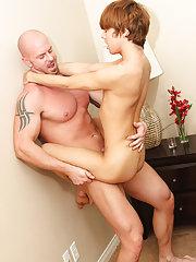 Gay sex pic hard dp and younger men blowjobs at Bang Me Sugar Daddy