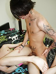 Brand name new model Cody Starr finds his way onto homoemo this week, getting fucked by Tantrum Hankering hot boy teen pics at Homo EMO!