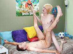 Twinks boys blow job xxx picture and broke straight teenage twink boys free videos
