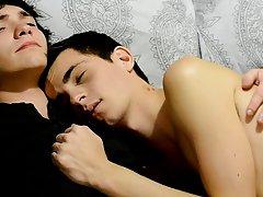 Alter boy twink and xxx gay man big round cut penis - Gay Twinks Vampires Saga!