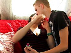 Boy twinks massage and best free twink videos photos