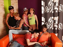 American financial group online investments and gay leather bikers in yahoo groups at Crazy Party Boys