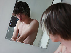 Cum on emo twink gays videos and high twink big cock porn at Teach Twinks