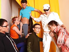 Quality spamfree gay groups older younger studs and gay chat groups at Crazy Party Boys