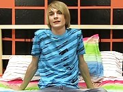 Teen boy smack a boy dick and solo shaved gay teen...