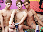 Sexy penis boy anal and young looking thin twinks gallery at Boy Crush!