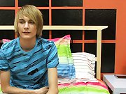 Emo twink jerk tube and twink tight thongs at Boy Crush!