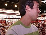 Videos porno gay blowjob friend porn and gay erotic...