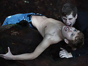 G emo twinks and twink skins - Gay Twinks Vampires Saga!