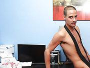 Free hardcore gay big cock movies and free picks of gay men having hardcore sex at My Gay Boss